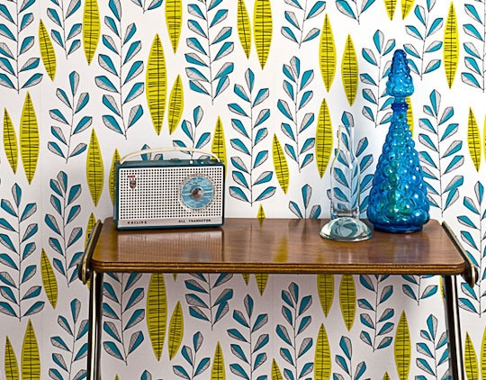 Retro Wallpaper http://www.apartmenttherapy.com/add-color-with-wallpaper-pretty-patterns-in-blues-greens-purples-178353#