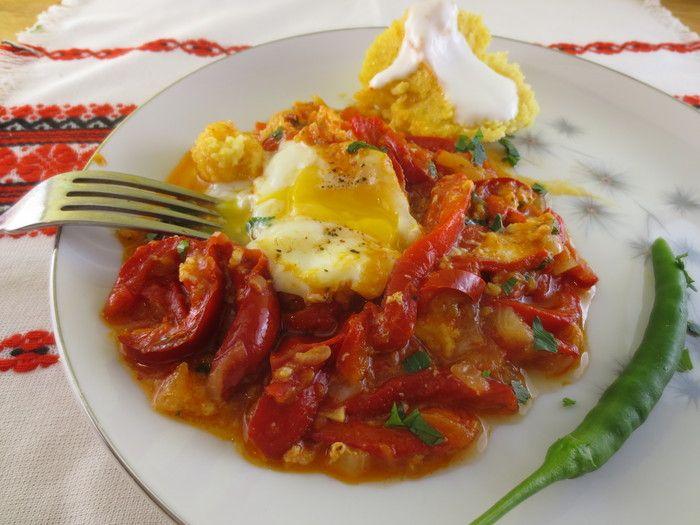 Mâncare de gogoşari copţi cu mămăliguţă - o tradiţie românească şi internaţională | Epoch Times România