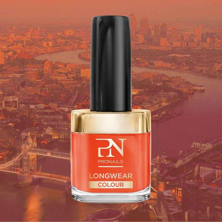 #Smokin'Hot Abbina il tuo sexy top nero a delle Smocking Hot Nails. Questo ardito colore rosso- arancio è piccante e pieno di carattere, proprio come te. Dopotutto, dove c'è fumo, c'è anche il fuoco! #Pronails #nails #nail #fashion #style #cute #beauty #beautiful #pretty #girl #girls #stylish #sparkles #styles #gliter #nailart #art #opi #photooftheday #essie #unhas #preto #branco #rosa #love #shiny #polish #nailpolish #nailswag