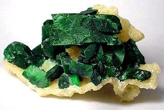 Malachite-Azurite-Smithsonite-173856.jpg