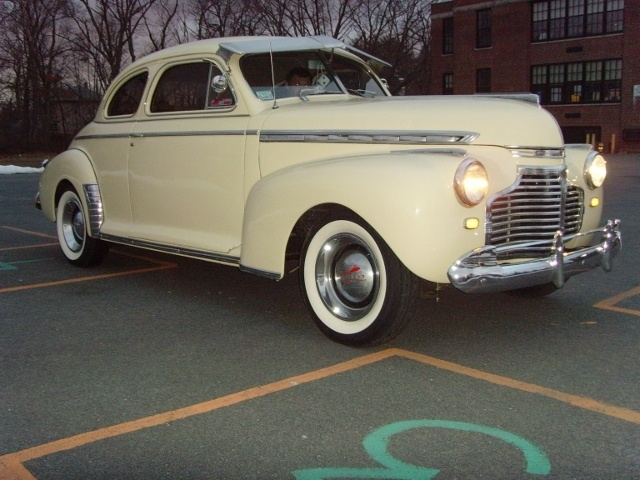 1941 chevy special deluxe coupe cars pinterest chevy for 1941 chevy special deluxe 4 door sedan