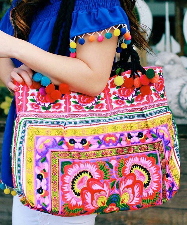 """Selamat pagi ethnic lovers 😘😙😚 . . . . . . . Sssttt... ada yg baru ni utk koleksi tas bordir Thailand. Motif bunga tentu menjadi menu utama dalam setiap desain tas yg lucu ini 😉  #traditional_ethnic_bag#traditional#ethnicbag#ethnic#embroiderybag#embroidery#ethnicday#handmade#handmadelove#handmadebag#ethniclovers#bags#bordiran#tasbordir#travelercantik#traveler#travelblogger"" by @traditional_ethnic_bag (💐all product full hand made💐). #turismo #instalife #ilove #madeinitaly #italytravel…"