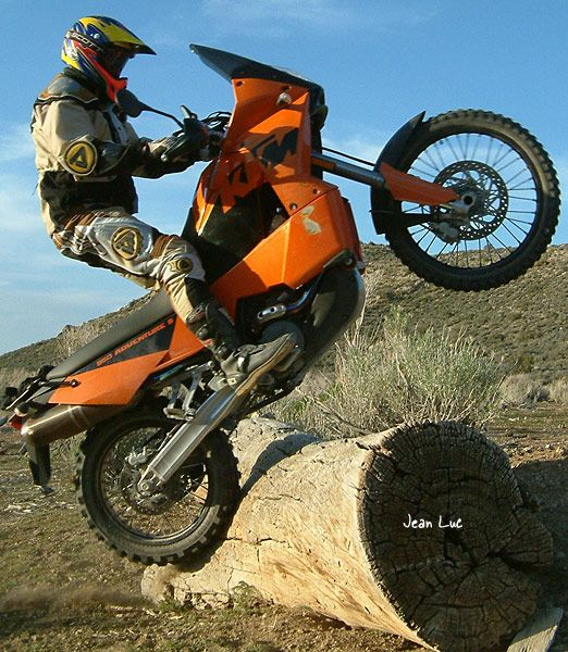 Adventure Rider photo galleries : Popular Photos : Jimmy Lewis by Jean Luc