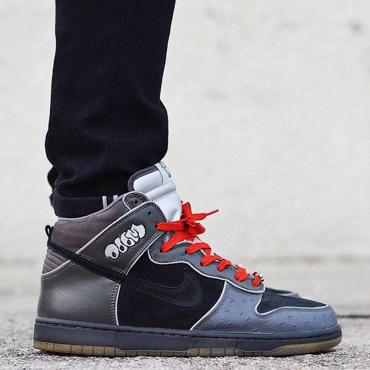 """Nike Dunk High Pro SB """"MF Doom"""""""