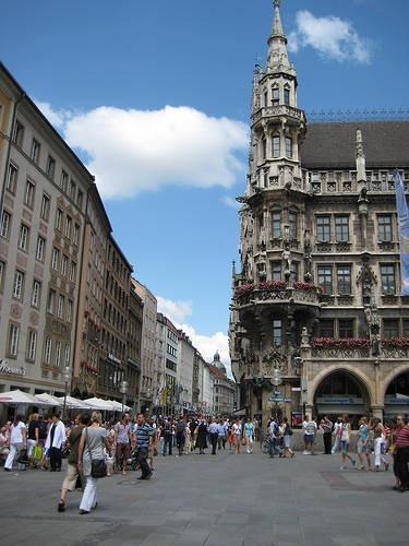 Shopping in Munich in April