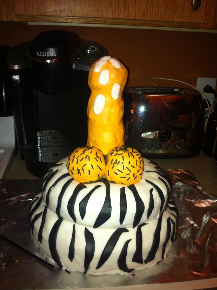 Bachelorette cakeBachlorette Party, Bachelorette Cakes, Bachelorette Parties, Humor Adult Cake, Penis Cake, Bachelorette Ideas