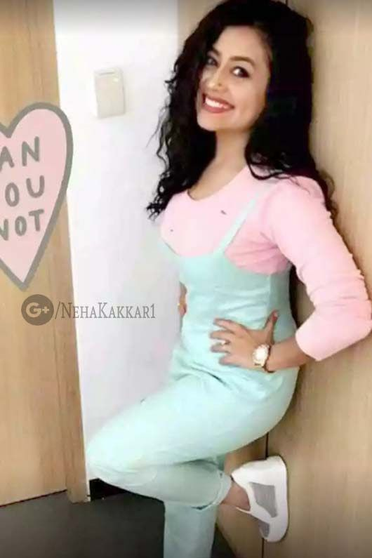 Neha Kakkar Latest Picture 2017