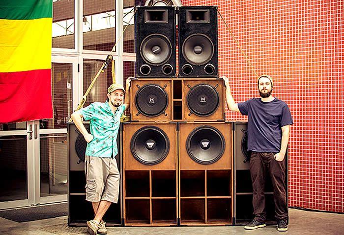 """Para marcar o Dia Internacional do Reggae, o coletivo Bomboclat! apresenta o evento """"DUB Station"""" neste sábado, na Estação Cultura, em Campinas"""