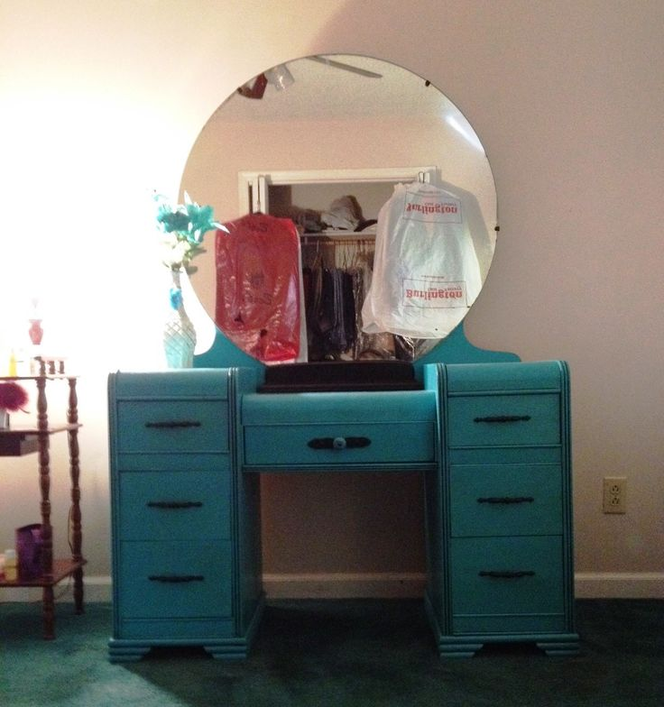 Beautiful antique waterfall vanity painted in Turquoise  https://www.facebook.com - 33 Best Waterfall Vanity Images On Pinterest Dressing Tables