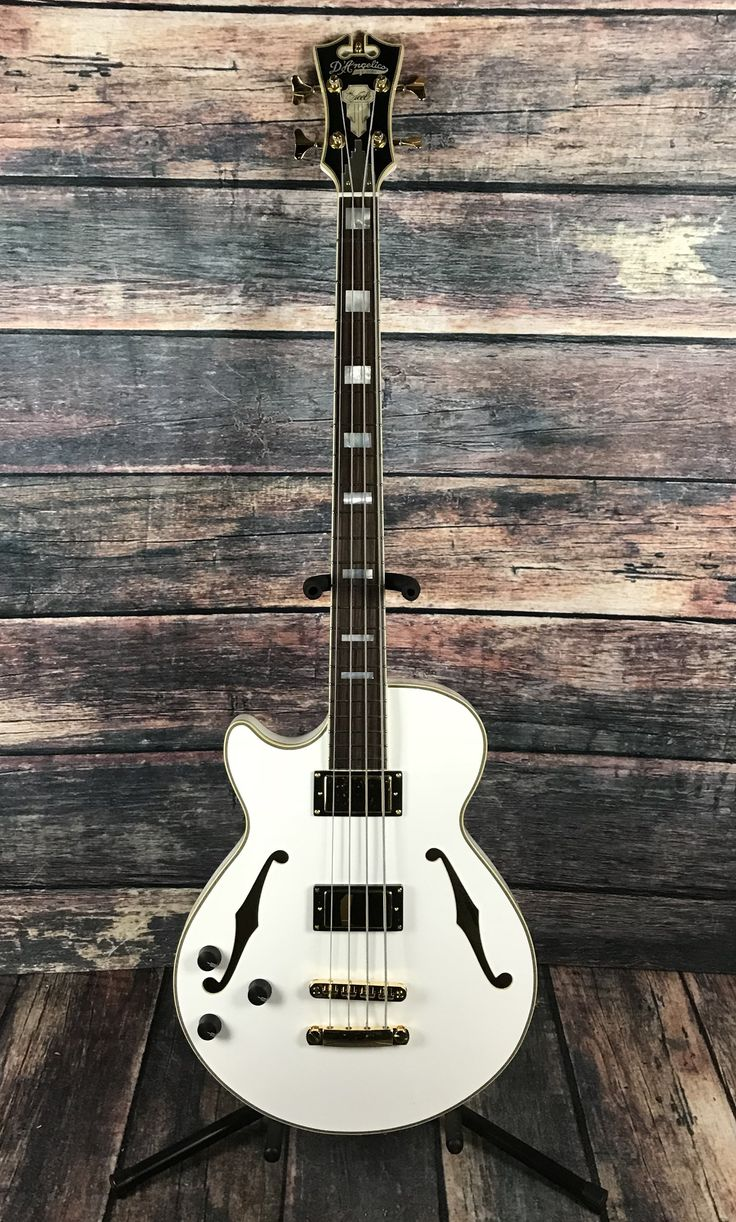 D'Angelico Left Handed Excel ArchTop Electric Bass- White 3 Knob EQ