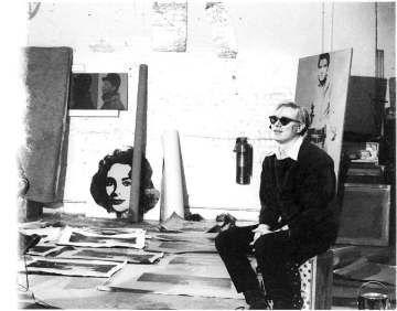 #BeyondWorkingSpace Andy Warhol in his studio
