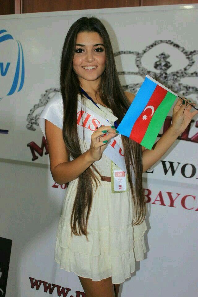 Pin By Maham Shabir On Hayyat And Murat Hande Ercel Beautiful Girl Face Turkish Beauty