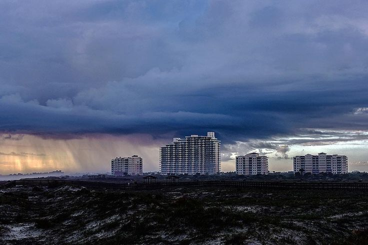 double tap if you like this #photo and tag a friend that needs to see this.  by @surfsupwolf . . Original Caption: Weather @nsbinlet @weatherchannel @weatherunderground @amhqontwc @fluidmag . . . . #VolusiaPixel #Volusia #VolusiaCounty #Debary #Daytona #OrmondBeach #Ocala #PortOrange #NewSmyrna #Florida #Delnd #Pierson #HollyHill #NSB #LakeHelen #DaytonaBeach #OakHill #PonceInlet #Edgewater