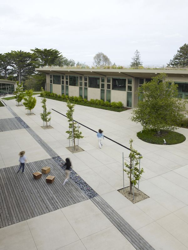 Nueva School by Andrea Cochran Landscape Architecture, via Behance