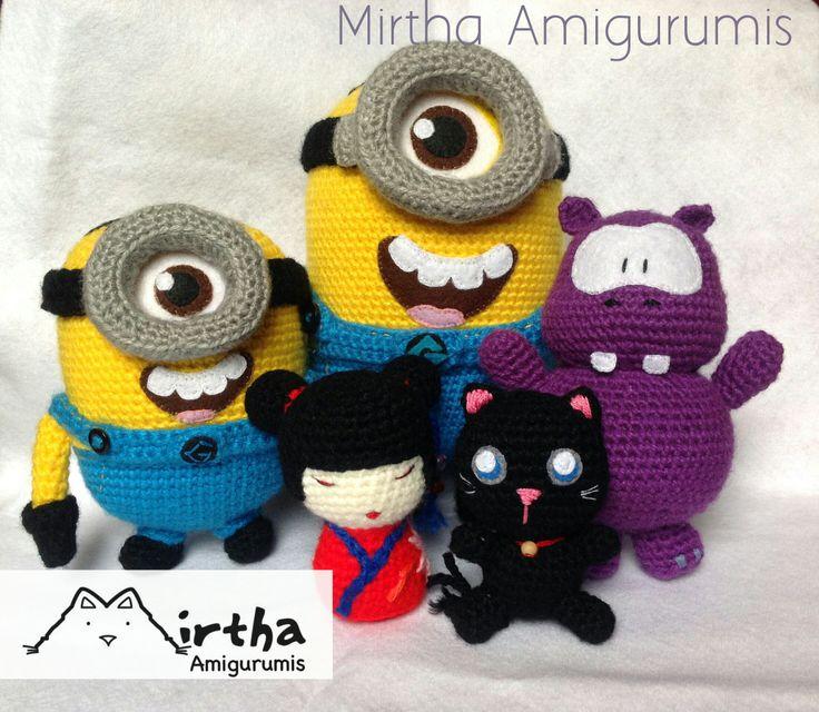 Amigurumis minion - kokeshi doll - wippo -  black kitty Guayaquil - Ecuador @MirthaAmigurumis #yarn #amigurumidoll #amigurumicrochet #crochetdoll #crochetaddict #kawaii #crochet #crocheted #crocheting #yarn #handmade #amigurumi
