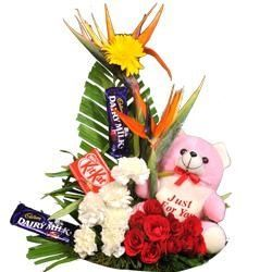 Send lovely gift for loved one in India - myflowergift, online bouquet delivery http://www.myflowergift