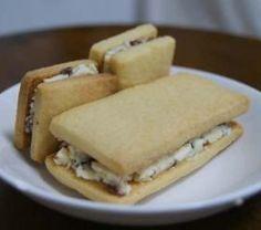 「レーズンバターサンド」hmg | お菓子・パンのレシピや作り方【corecle*コレクル】