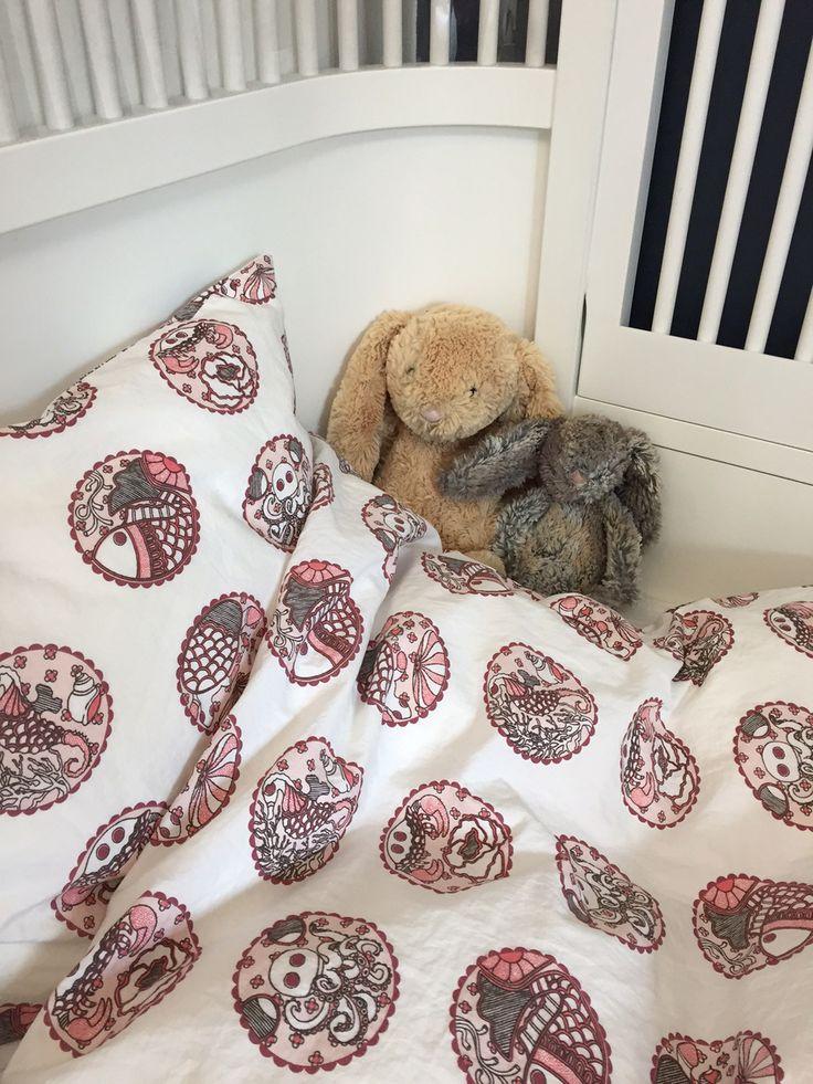 'Madhubani Pink' childrens bedding in the softest organic cotton.
