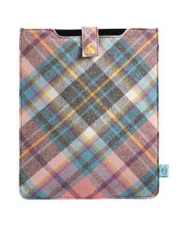 Joules null Tweed Ipad Case, Casse Check Smoked Pearl.                     This is where technology and the countryside combine. Quite simply the most traditional and stylish way of keep your new toy out of harm's way.