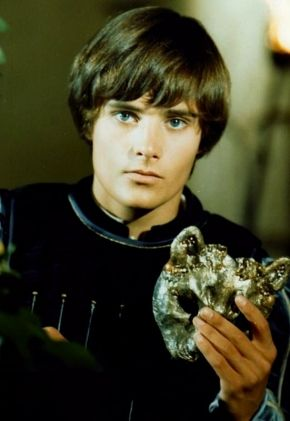 "Leonard Whiting as Romeo Montague, Olivia Hussey was Juliet - I was OBSESSED with this ""Romeo and Juliet"" movie in my teens.  I saw it at the drive-in and had the soundtrack on vinyl.  I can still remember the music clearly :)"