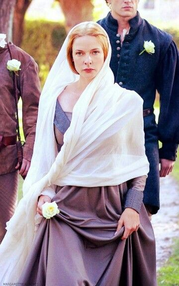 "One of Elizabeth's ""Not Impressed"" expressions, LOL. (The White Queen)"