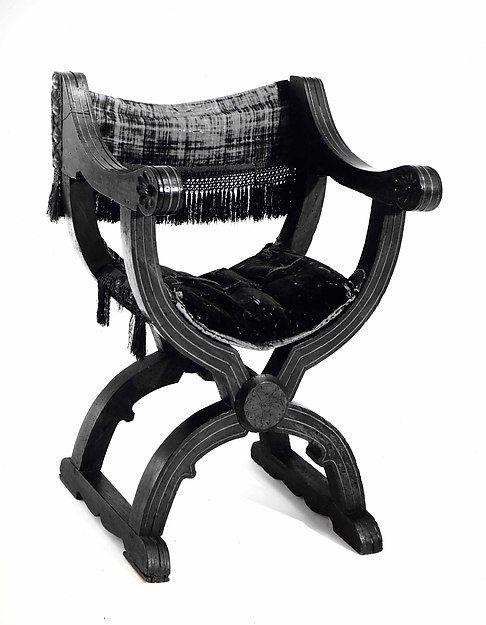 Hip-joint armchair (Dantesca type) | Italian | The Met