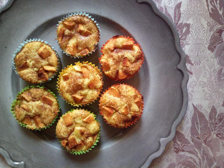 http://blog.giallozafferano.it/undolcealgiorno/tortine-di-mele-travestite-da-muffin/