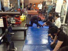#冬で決まる #パフォーマンス  #Jr.アスリート  #発育発達段階  #コンディショニング  #栄養   今回のセミナーには小学6年生から高校1年生までのJr.世代アスリートと彼らの保護者様並びに現役のトレーナーまでご参加いただきました  トータルコンディショニングジムGET http://www.gym-get.jp/  tags[福岡県]