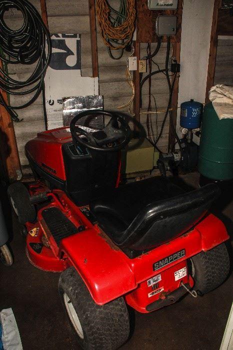 Found on EstateSales.NET: Riding lawn mower