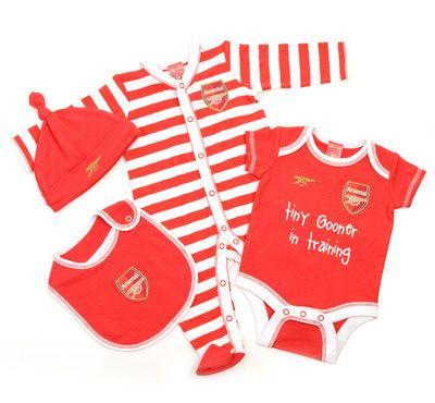 Baby 4PC Gift Set at Arsenal Direct