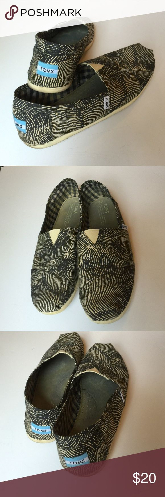 Mens Toms Classic, Fingerprint Design slightly worn, good condition. Make offer TOMS Shoes Loafers & Slip-Ons