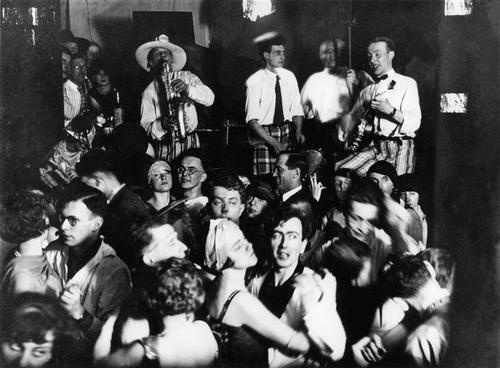 In a jazz club in Berlin,1930 by Otto Umbehr/Umbo*