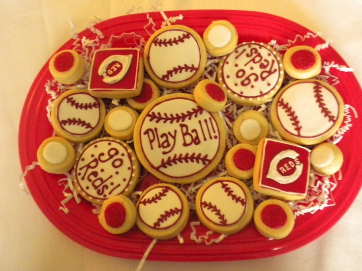Go Cincinnati Reds! Love baseball season!: Baseball Cookies, Recipe, Red Cookies, Baseball Party, Red Baseball, Baseball Seasons Repin, Baseball Birthday Cincinnati, Cincinnati Reds, Baseb Seasons