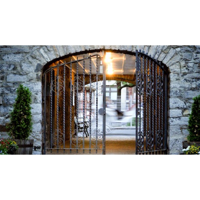 Gibbys in Montreal... charming restaurants which boast historic stone walls, original beamed ceilings, cozy fireplaces, and romantic lighting, all combine to make dining at Gibbys a not soon-to-be-forgotten experience