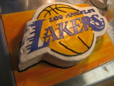 Lakers Logo By Cakeocalypse On Cakecentral Com Decorated