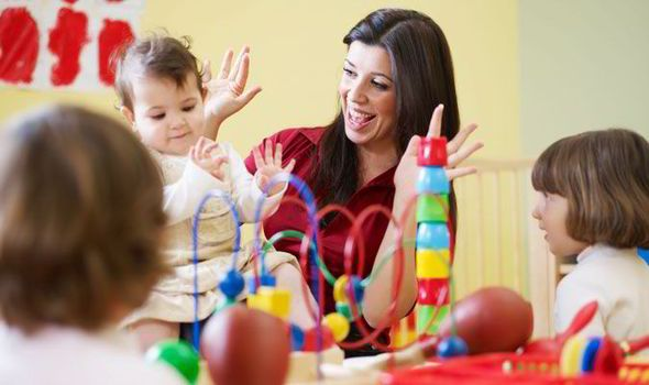 Montessori-szakmai program  http://www.zumzumbolcsi.hu/montessori-szakmai-program/