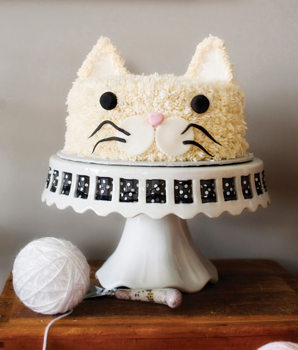 Darling Kitty Cat Birthday Cake