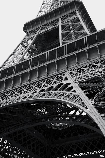 eiffel tower - sincerelyphotography.blogspot.com