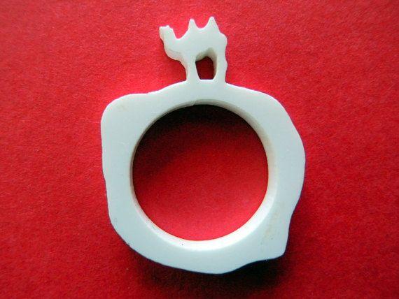 Camel ring,laser cut acrylic white ring,funny ring,shape ring,desert ring,animal designs,acrylic ring,exotic ring,animal ring,exotic jewelry