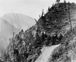 cariboo road;Ascent up Jackass Mountain