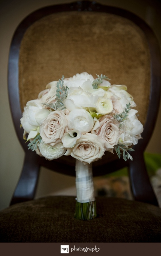 Bridal Bouquets New Orleans : Fun new orleans wedding at roosevelt hotel mq