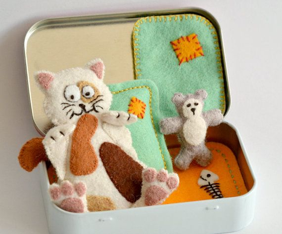 Felt Cat Plush Sleeping in an Altoid Tin with Teddy Bear and Bedding - Calico Cat ( Tortoiseshell )