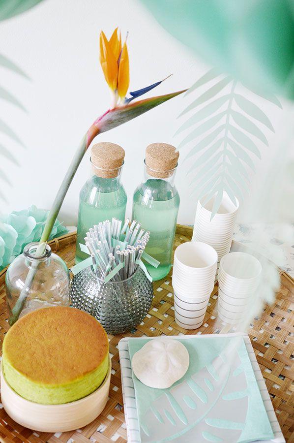 Decoración fiesta tropical turquesa. Tropical party deco silver and turquoise. La tienda de Renata.