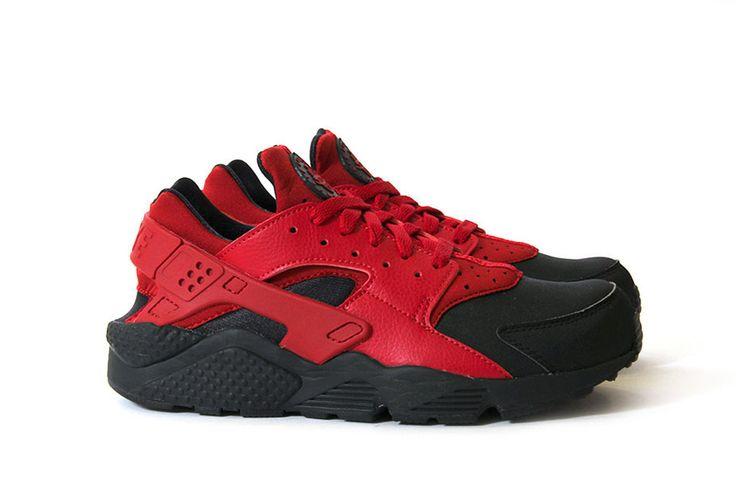 Nike Huarache Black Red