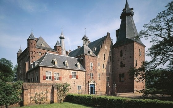 Castle Doorwerth, between Wageningen and Arnhem, the Netherlands