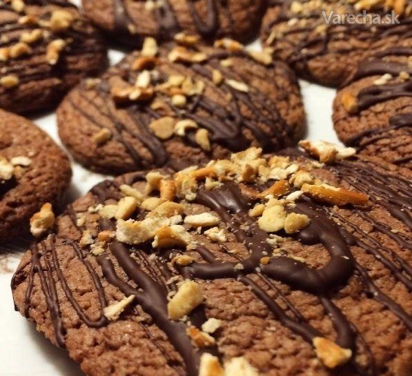 Nutellové cookies s arašidmi a praclíkmi - Recept