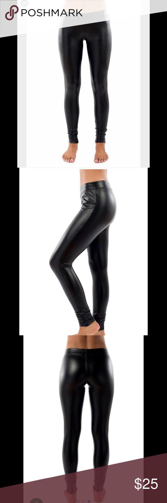BNWT Tipsy Elves LEGGINGS black size medium🖤 Brand new with tags size medium leggings from tipsy Elves. Faux leather (fit sizes 8-10) 45%PU 55% polyester 🖤🖤🖤 I just needed a small tipsy elves Pants Leggings