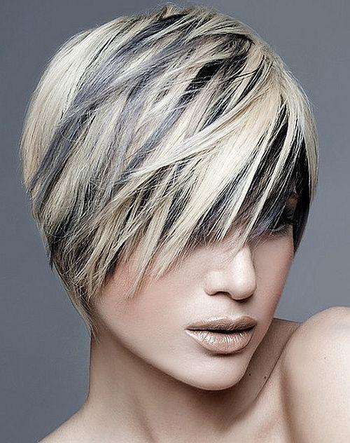 rövid női frizurák - szőke haj fekete melírrel