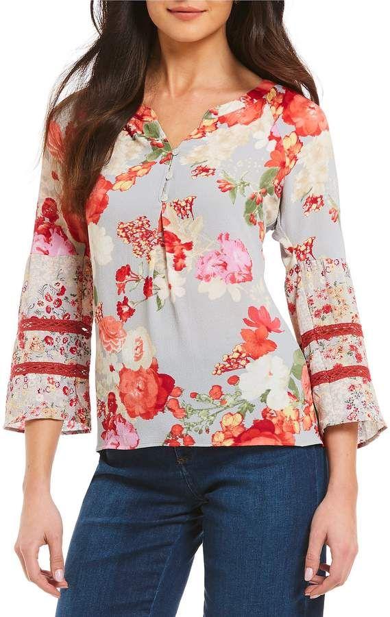 ab74e5e1ef61d0 Figueroa   Flower Petites Sally 3 4 Bell Sleeve Floral Print Top Petite Tops