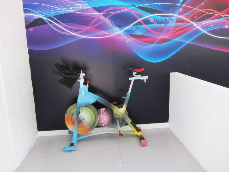 Boom Cycle in Holborn. Giving my tips of London's best indoor cycling studios at www.theblondeyogi.com